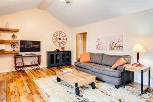 Louisville, Ky Home Staging, Louisville, KY Interior Design, Louisville, KY Home Renovation, Farmhouse Decor, Hardwood Flooring, Area Rug, Art, Accessories