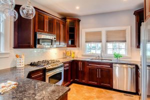 Louisville Kentucky Home Staging, Louisville Kentucky Interior Designer, Louisville Kentucky Renovation Designer, Lexington Road, Residential Home Staging, Stainless Appliances