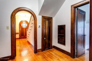 Louisville Kentucky Home Staging, Louisville Kentucky Interior Designer, Louisville Kentucky Renovation Designer, Lexington Road, Residential Home Staging, Gleaming Hardwood Flooring, Stained Trim