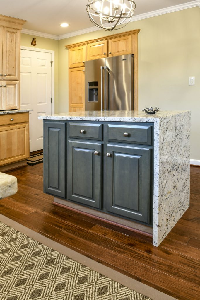 Louisville Kentucky Home Renovation, Kitchen Renovation, Hand Scraped Hickory Floor, Granite Counter Tops, Brushed Nickel Fixtures, Area Rug, Stainless Steel Appliances, Kitchen Island with Waterfall