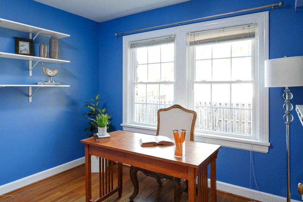 Louisville Kentucky Home Staging, Home Office, Bold Color