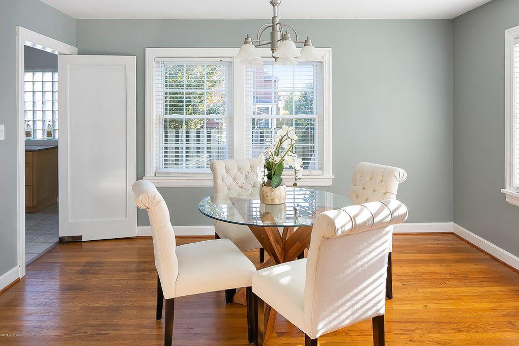 Louisville, Kentucky Home Staging, Dining Room, Hardwood Flooring, Staging Color Scheme