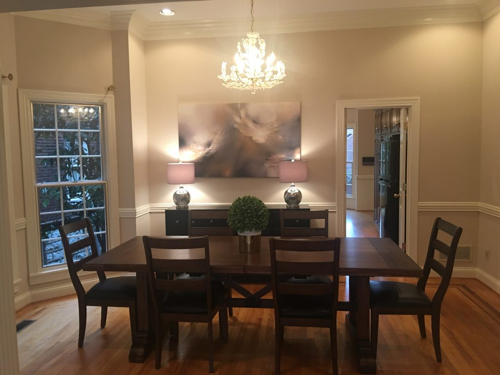 Louisville Kentucky Home Staging, Living Spaces By Lyn, Jennifer Tegeler, Real Estate Home Staging, Sitting Room Staging, Hardwood Flooring, Inlaid Hardwood Flooring Detail, Artwork, Dining Room, Area Rug, Lighting, Accessories