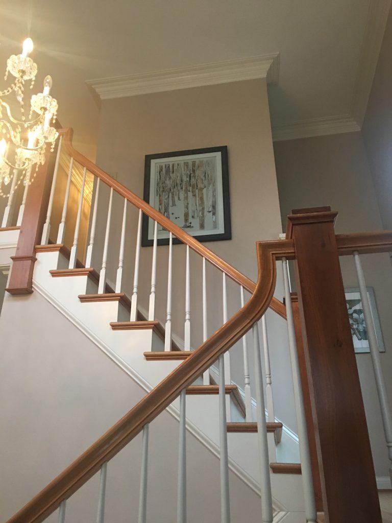 Louisville Kentucky Home Staging, Living Spaces By Lyn, Jennifer Tegeler, Real Estate Home Staging, Artwork, Foyer, Lighting