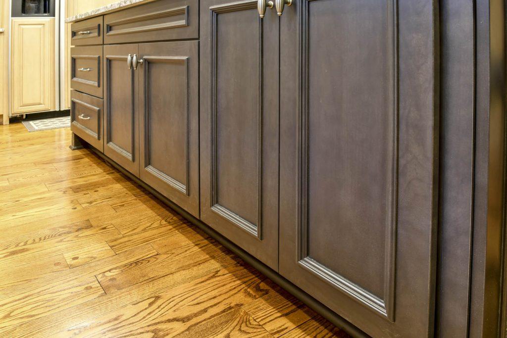 Louisville Kentucky Interior Design, Living Spaces By Lyn, Kitchen Design, Kim Falvey, Kitchen Cabinets, Granite Counter Tops, Kitchen Island, Hardwood Flooring
